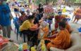ราชบุรี   ปู่วัย 83 ปี ชาวบางเสาธง หอบเงินสด 2 แสน ถวายวัด ส่วนยอดล่าสุด16ล้าน