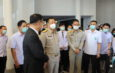 ปทุมธานี  รองนายกรัฐมนตรี และรัฐมนตรีว่าการกระทรวงสาธารณสุข ลงพื้นที่ โรงพยาบาลสนามธรรมศาสตร์