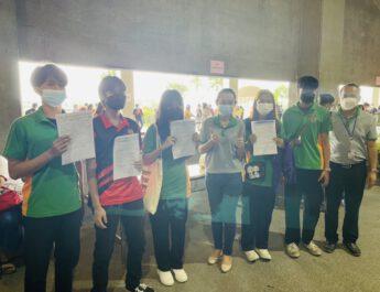 นนทบุรี  นักเรียน นักศึกษาวิทยาลัยเทคโนโลยีปัญญาภิวัฒน์เข้ารับการฉีดวัคซีนเตรียมพร้อมเปิดเรียน